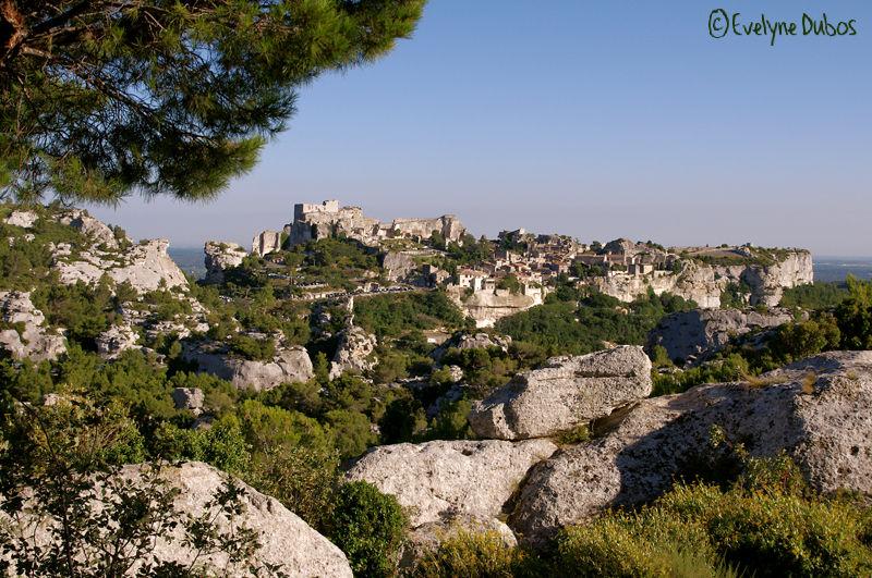 Les villages perchés.  (2)