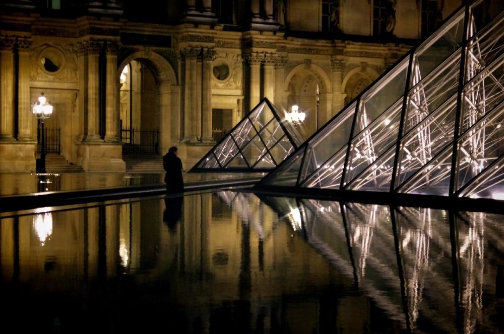 A3-Thérapy(107) : Au Louvre, une nuit...