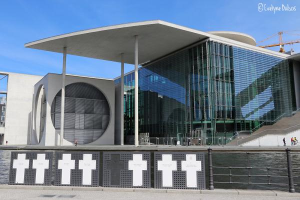 Et celle de la Marie-Elisabeth-Lüders-Haus -2-