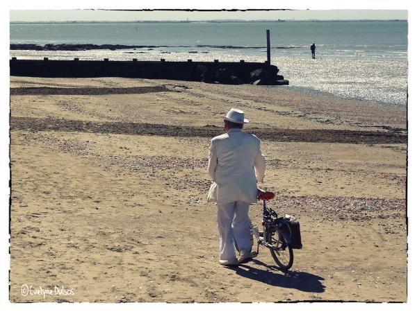 Un dimanche à la mer (1)