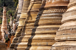 Des Stupas par milliers  2
