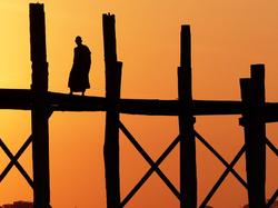 Le moine du pont U Bein