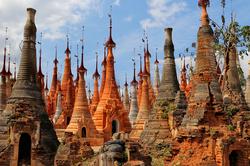 Des Stupas par milliers  1