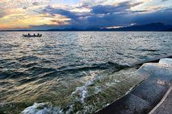 Un soir sur le lac.