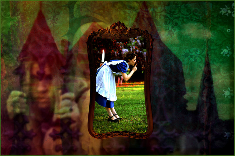 Alice Wonderland Through The Looking Glass