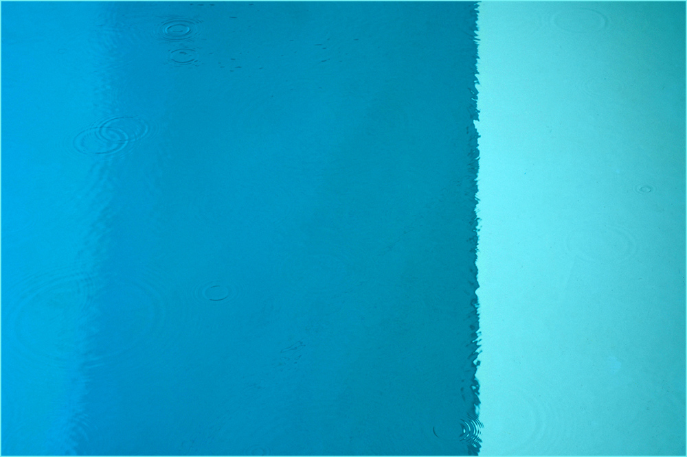 Raindrops in a Swimming pool