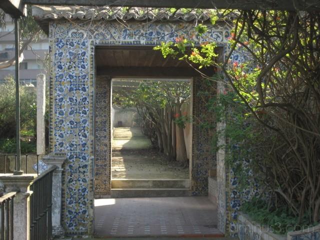 Ancient Tiles  - Qta. da Fidalga -Seixal, Portugal