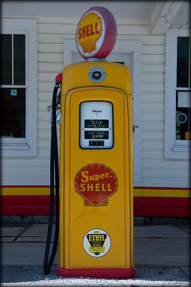 U.S. Route 66 vintage gas pump