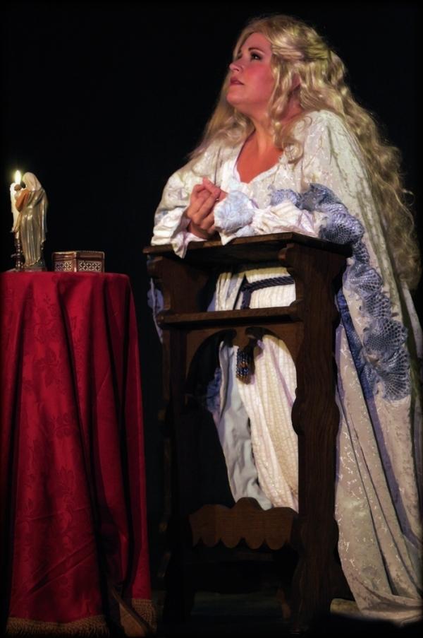 Christia Starnes in the role of Desdemona