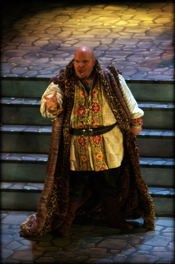 Brian Landry in the title role of Otello