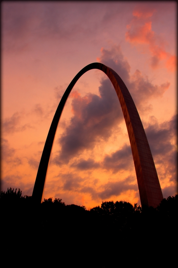Gateway Arch at sunrise