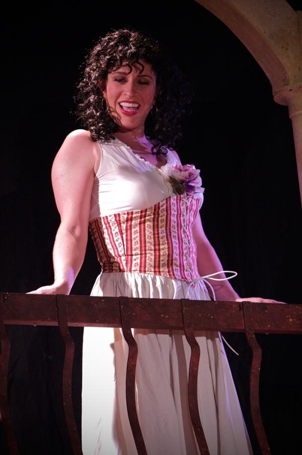 Sarah Lambert as Carmen