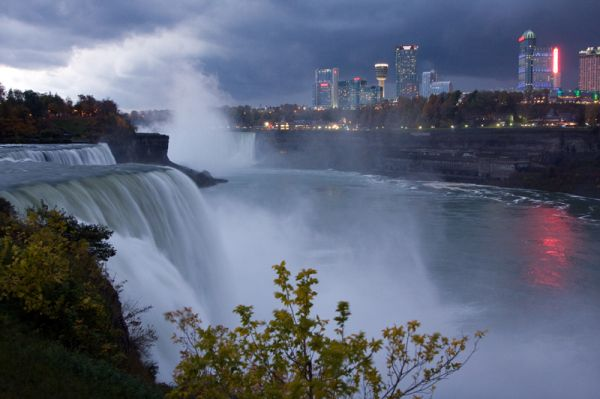 Niagra Before the Storm