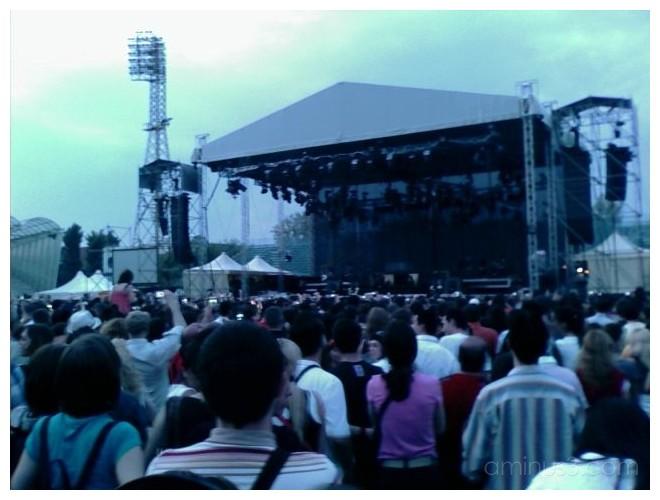 Kyilie Minogue Live Performance