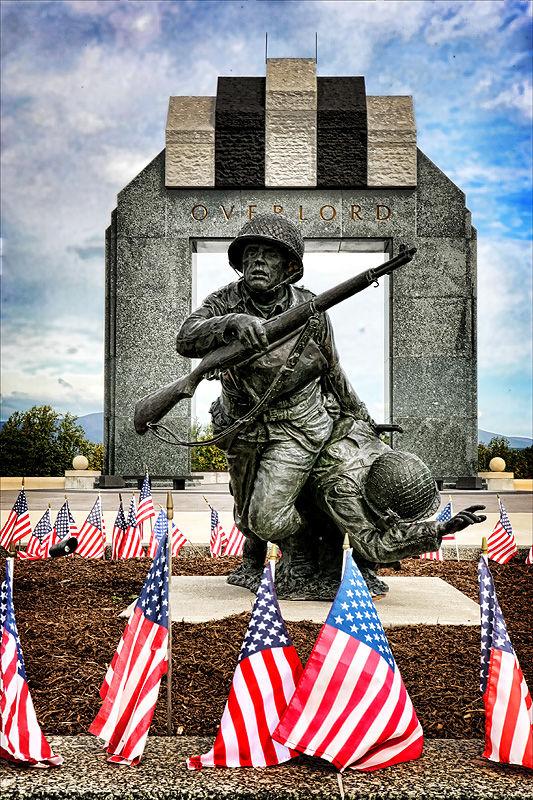 D-day memorial statue Bedford Virginina