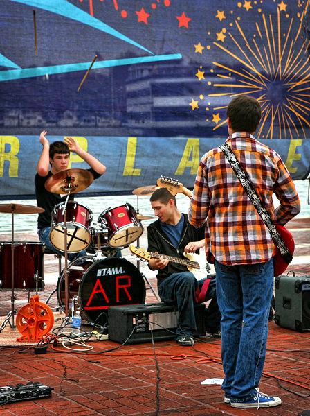 band in Baltimore Inner Harbor