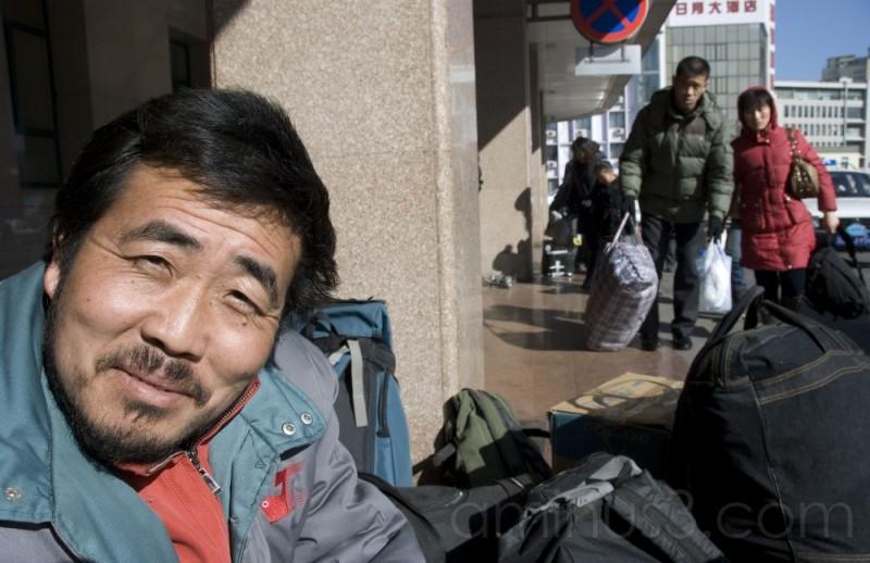 China's travel struggles continue
