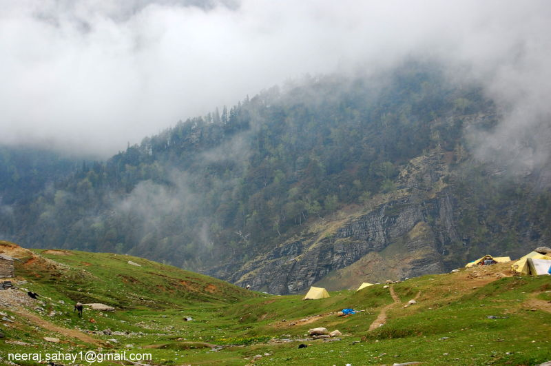 On Way to Rohtang Pass-5