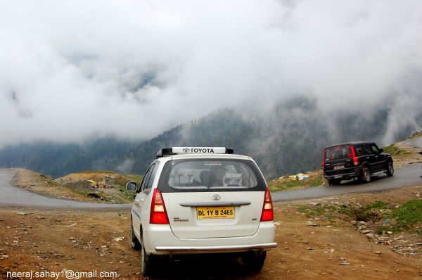 On Way to Rohtang Pass-6