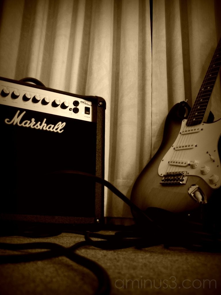 marshall amplifier electric guitar