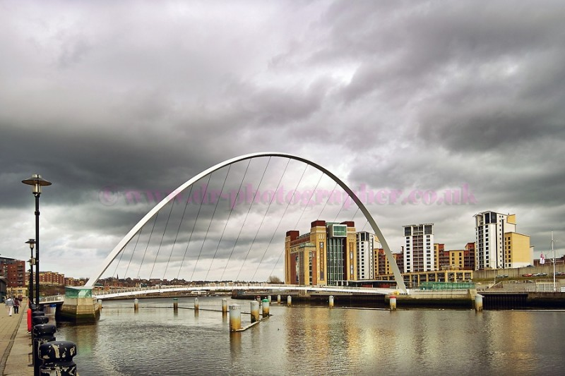 Millenium Eye bridge over the River Tyne