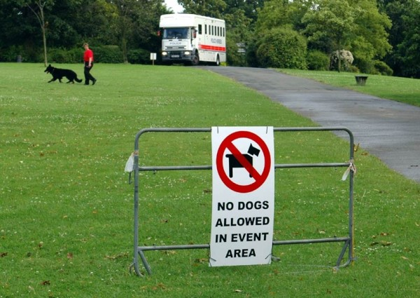 No Dogs Allowed In Event Area