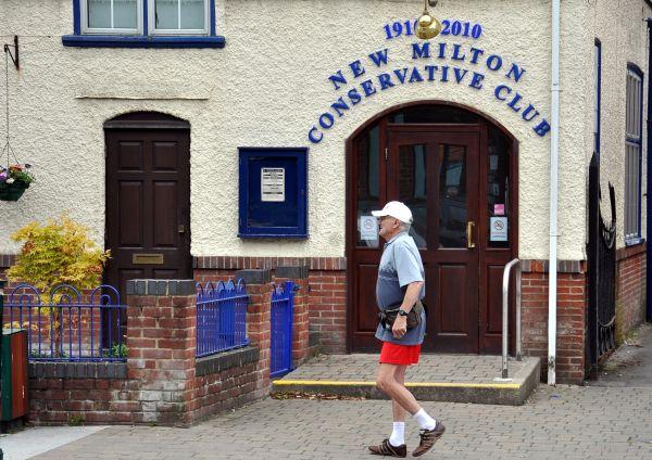 New Milton Conservative Club
