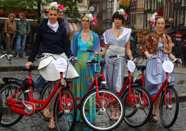 Four girls, four bikes
