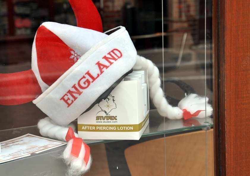England - After Piercing Lotion