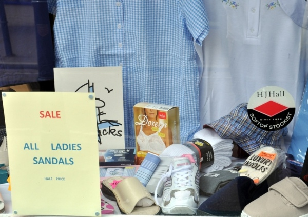 Sale All Ladies Sandals Half Price