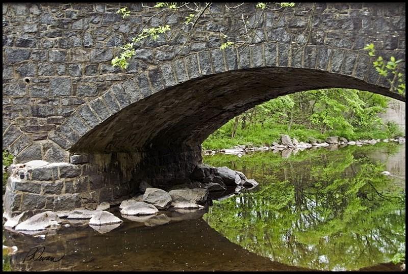 Stone arch bridge over Swamp Creek, Zieglerville