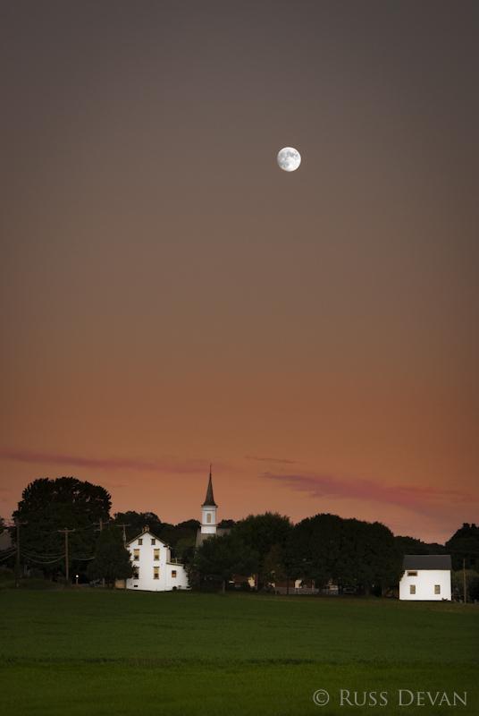 Moonrise, Niantic Village