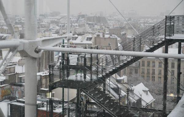 Snow days in Paris -6