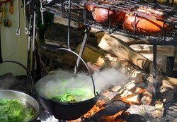 Au menu , la soupe au chou et le cochon grillé