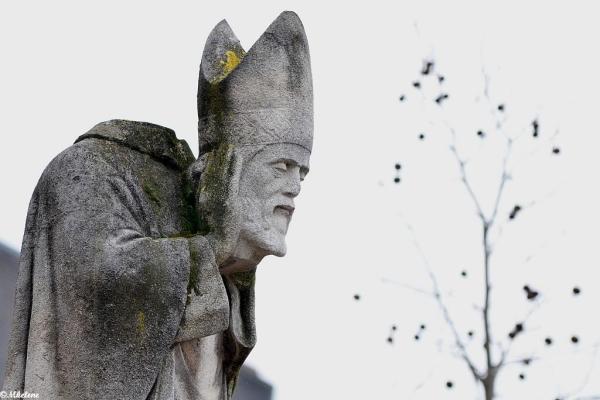 La statue de Saint Denis