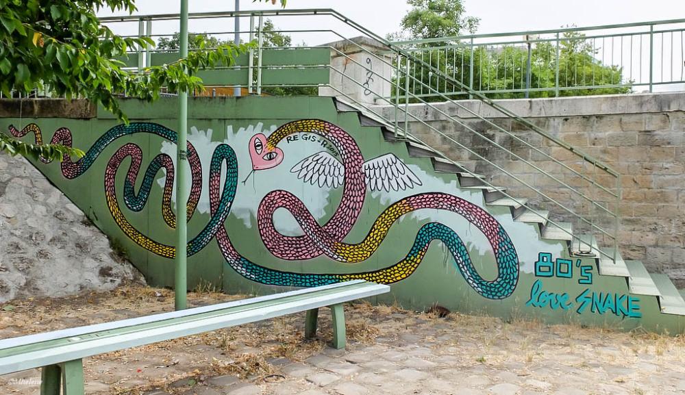 Un serpent trop charmeur