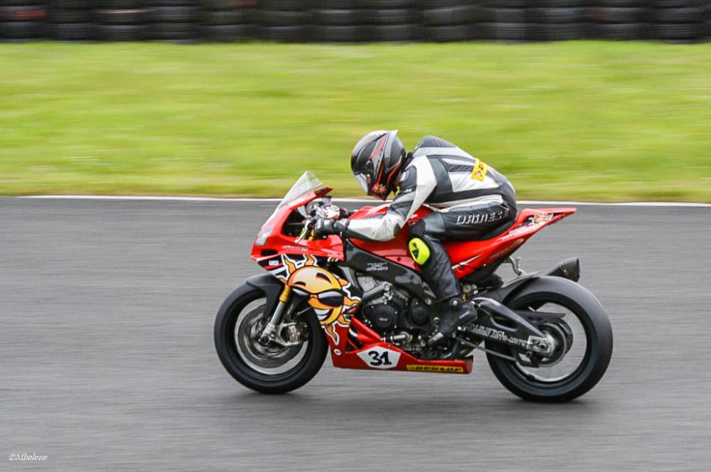 Les motos en course -3