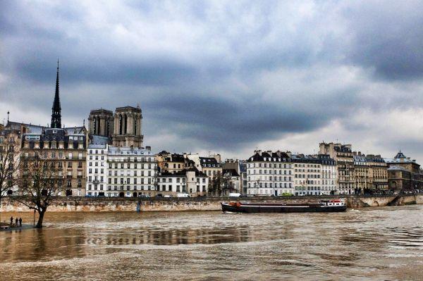 La Seine monte   2