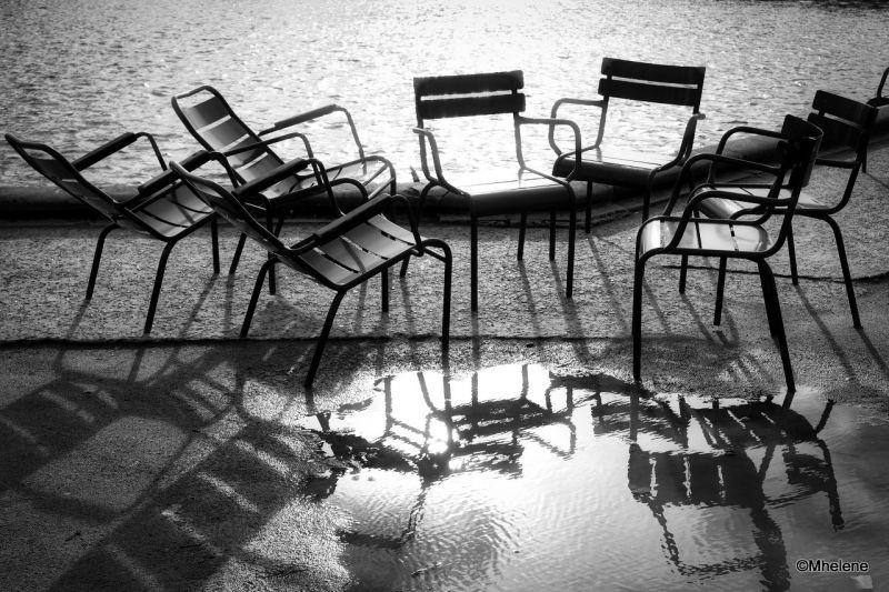 Réunion de chaises