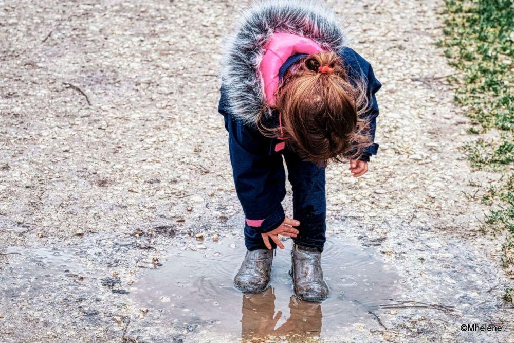 ...c'est tout mouillé ...!... It's all wet...!