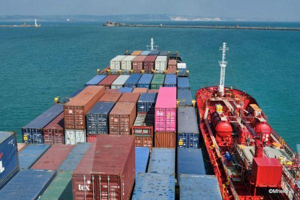 A bord d'un cargo  4