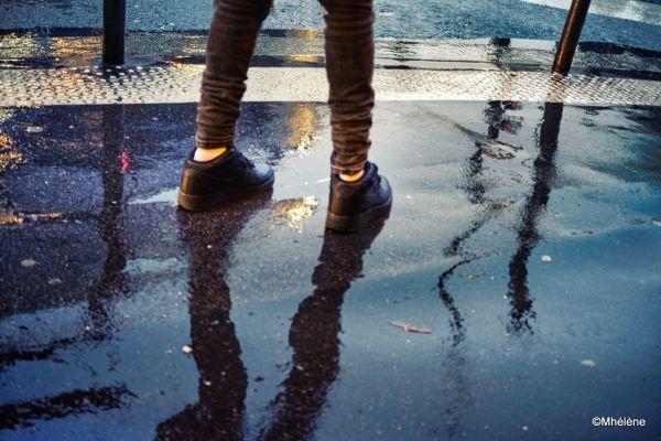 Quelques pas sous la pluie
