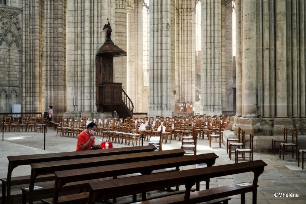 L'église au temps des gestes barrière-2