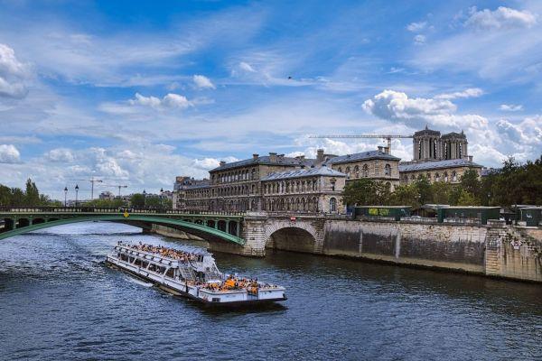 Août sur la Seine