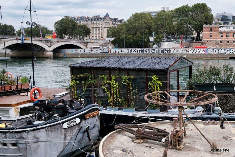 Les péniches parisiennes