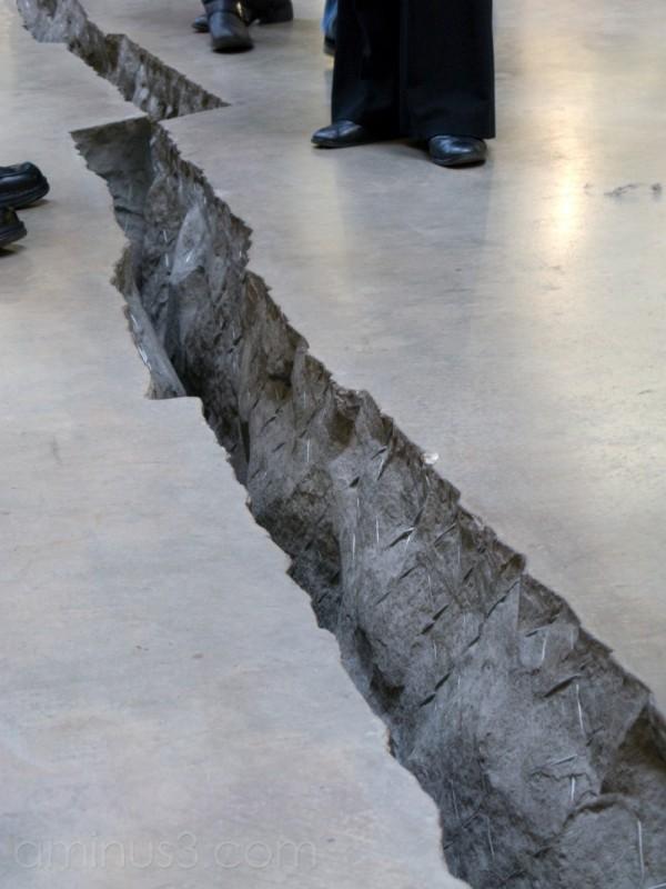 Doris Salcedo's Shibboleth in the Tate Modern