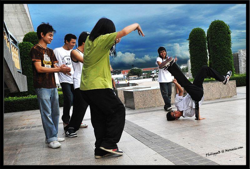 Teenager under the Rama 8 Bridge
