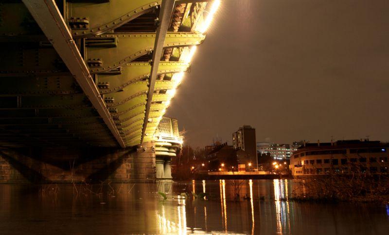 Hammersmith high tide