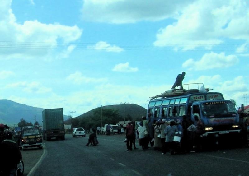 Roadside bus stop outside Nairobi