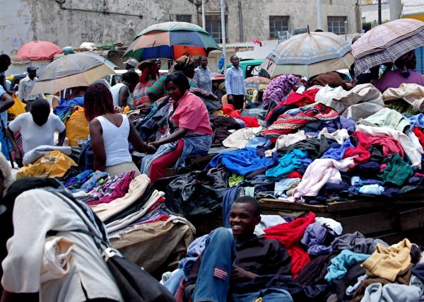 Used clothing market, Nairobi